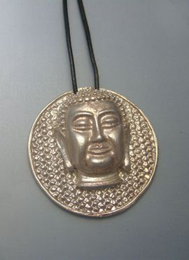 medalla Buda de plata amuleto budista