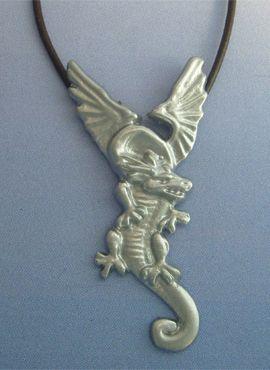 colgante dragón de fuego amuleto de Polonia de plata