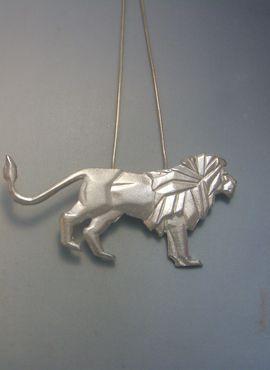 colgante león de plata amuleto con cadena plata