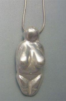 colgante Venus de Menton de plata