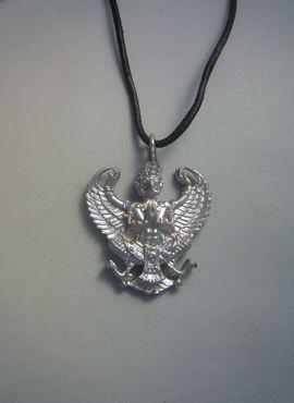colgante Garuda dios águila amuleto de plata