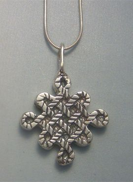 colgante nudo chino amuleto de buena suerte