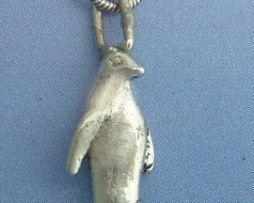 colgante pingüino de plata maciza de ley
