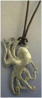 colgante pulpo plata amuleto totémico