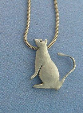 colgante ratón de plata amuleto