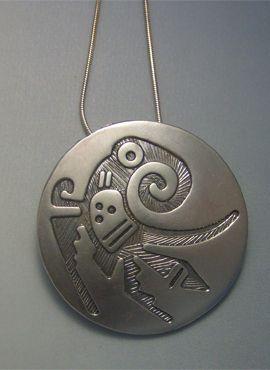 colgante pájaro quetzal en plata de ley con cadena