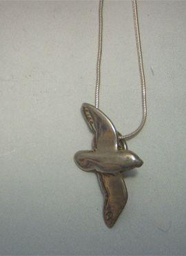 colgante albatros de plata de ley con cordón de plata