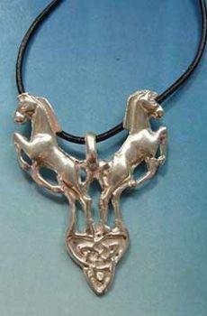 colgante caballos de Rhiannon amuleto celta