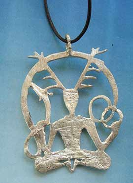 colgante cernunnos dios celta trasera