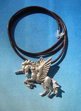 colgante alicornio amuleto de plat