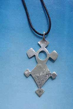 cruz tuareg agadez ifewan parte trasera
