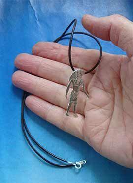 collar dios egipcio halcon colgante de plata