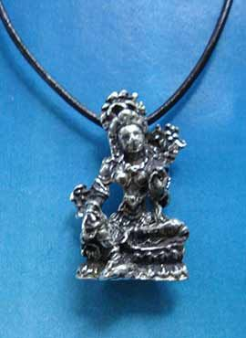 figurilla joya de Tara blanca diosa hindu