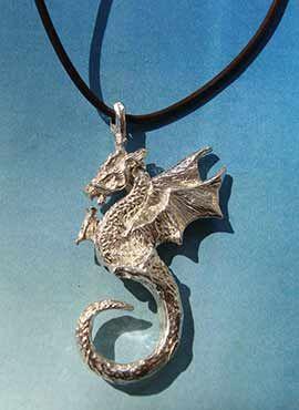 colgante dragón de fuego Beowulf de plata