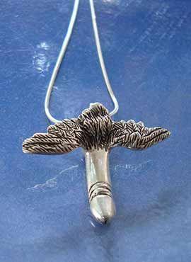 pene alado símbolo dios romano Mutunus Tutunos
