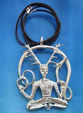 Colgante dios Cernunnos celta collar de plata