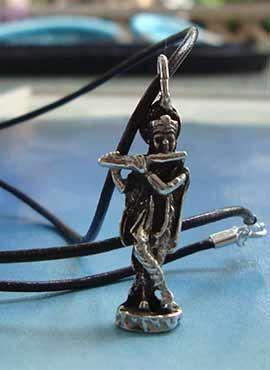 joya de dios Krishna hindú colgante de plata