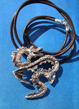 collar dragón coreano yong plata de ley