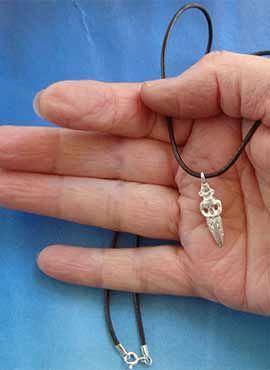 collar pequeña figura Inanna