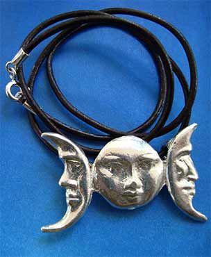 collar triple luna símbolo diosa celta plata