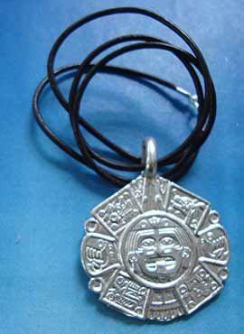 colgante piedra del sol tonatiuh azteca