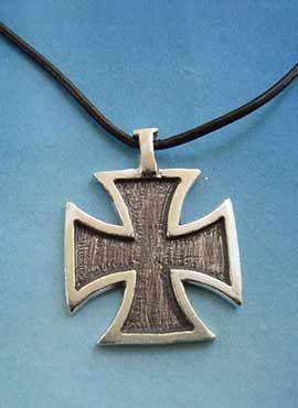 colgante de plata de cruz del temple