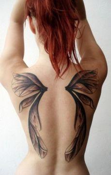 tattoo borboleta asas costas