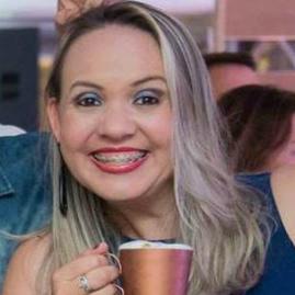 Professora Vanessa Domingues