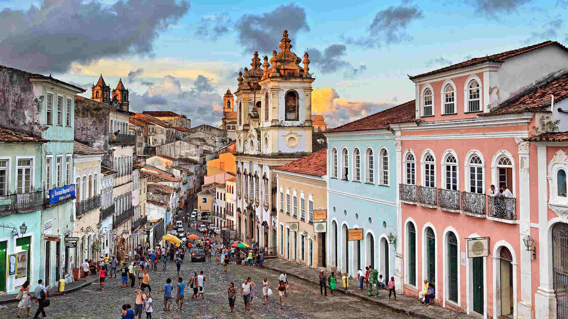 Découvrez la ville et l'histoire de Salvador de Bahia en français