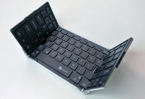 iClever's Transforming Tri-Folding Bluetooth Keyboard Review
