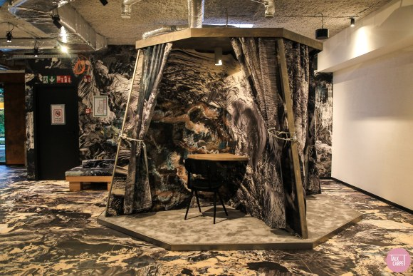, Wild tapestries and designs at this Brussels co-working office