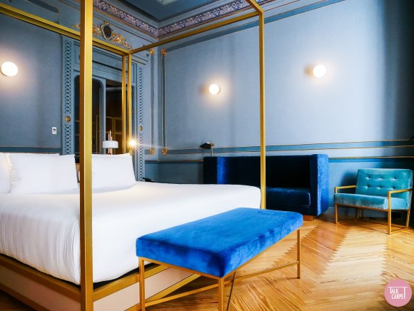 modern design hotel, Tying modern furnishings with period details through the use of color