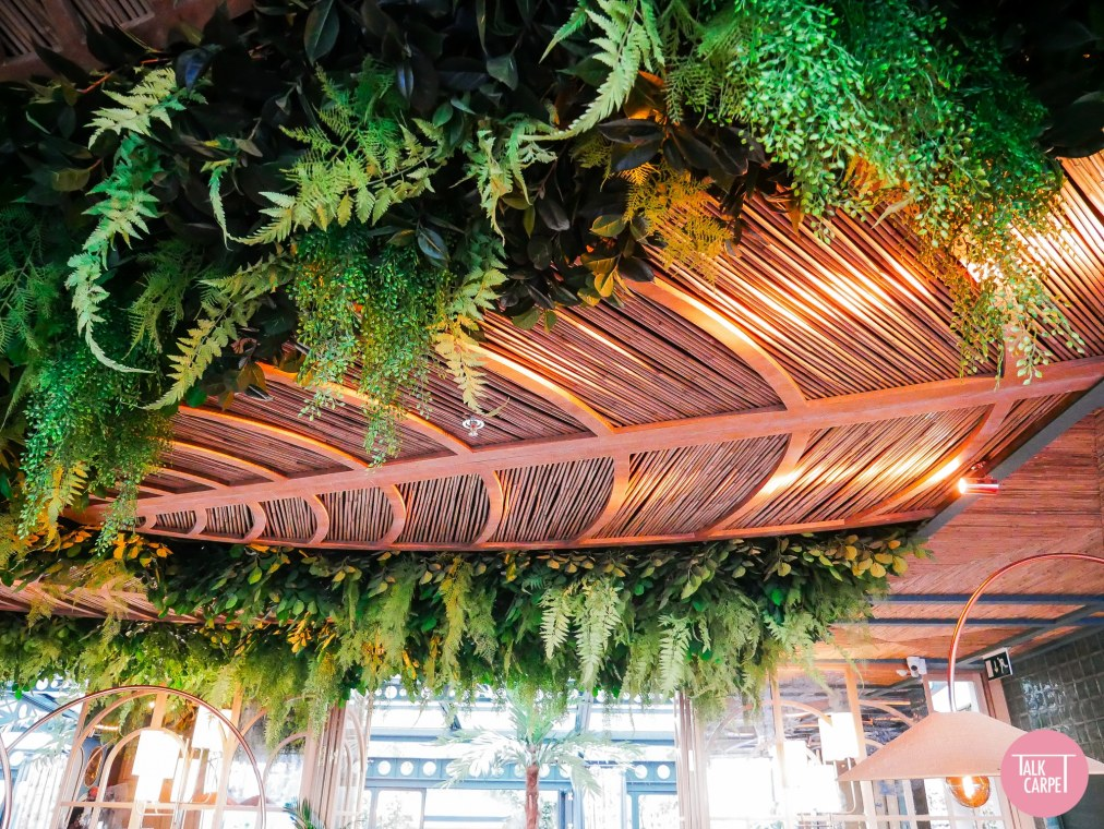 Restaurant Botanica _ Talk carpet