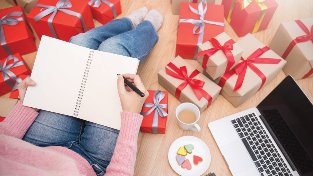 Festive Season, Brick and Mortar Businesses, consumer goods markets, Forrester, eCommerce portals, Amazon