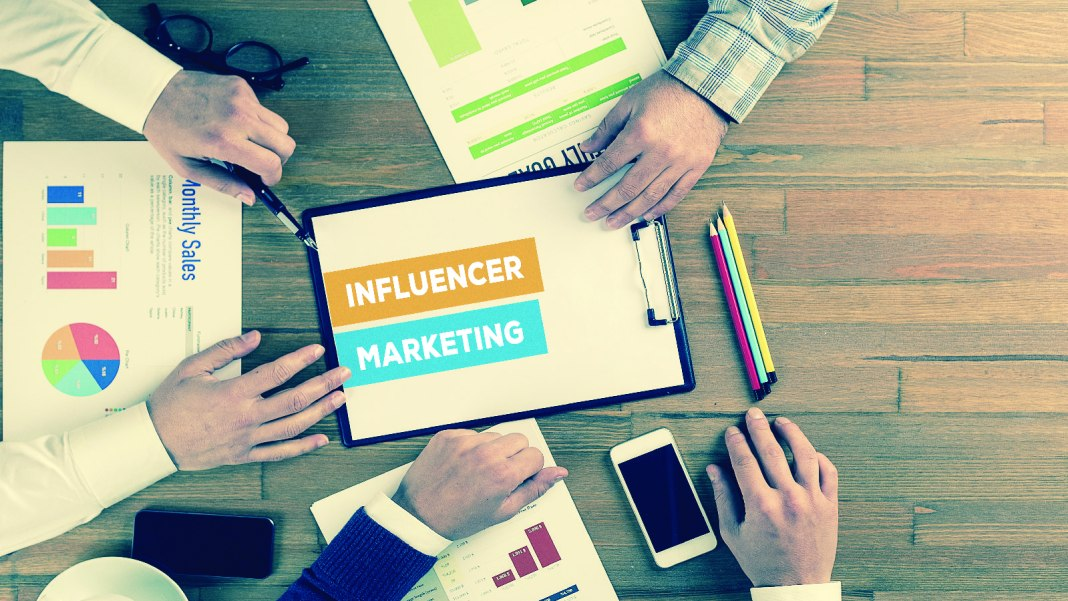 Influencer Marketing, Instagram Stories, Facebook, YouTube, Twitter, Pinterest, TikTok, Snapchat, campaigns, Federal Trade Commission (FTC), 2020, content, relevant channels, Linqia Tags CMO, Influencer marketing, marketers, 2020, Linqia, survey, report, campaigns