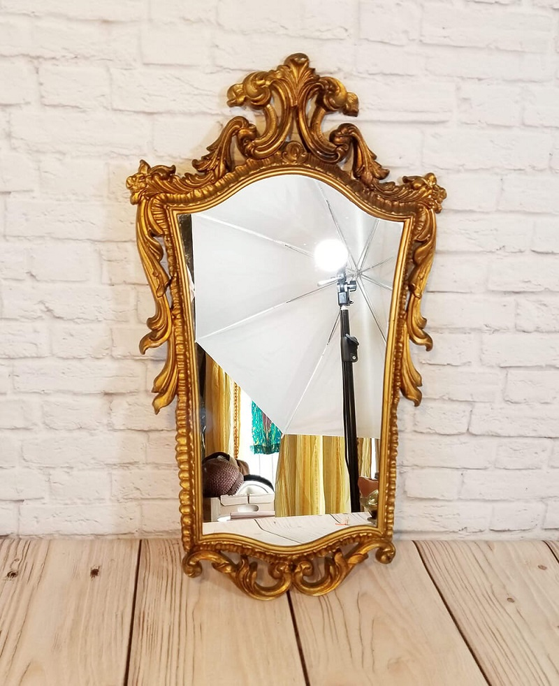 Ornate Gold Mirror With Classic Style