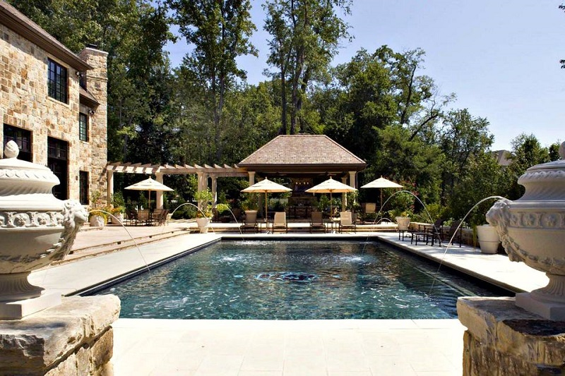 Traditional Mediterranean Pool