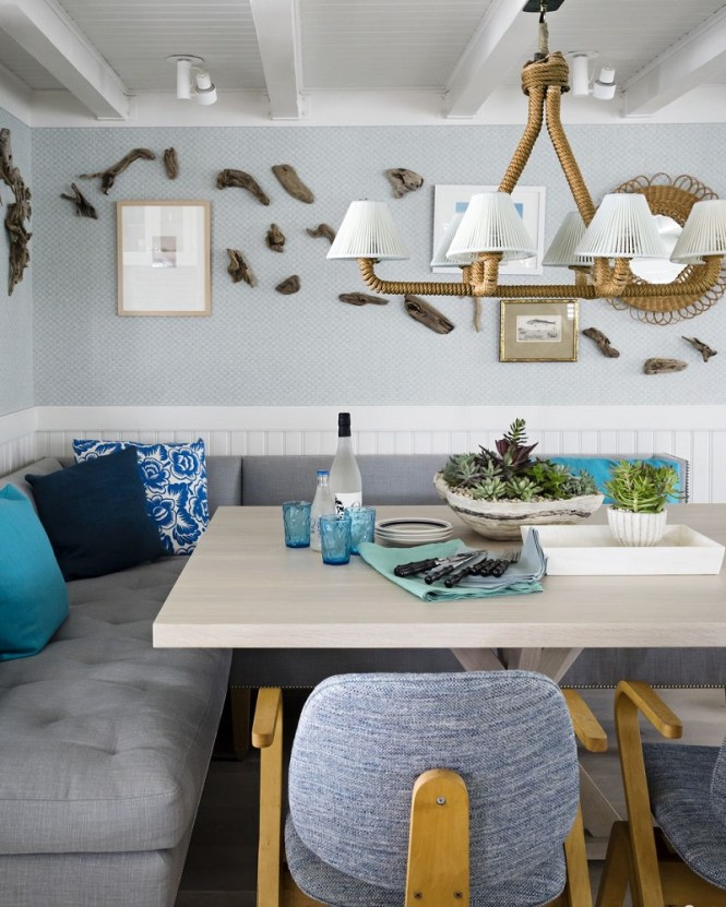 White And Blue Nook