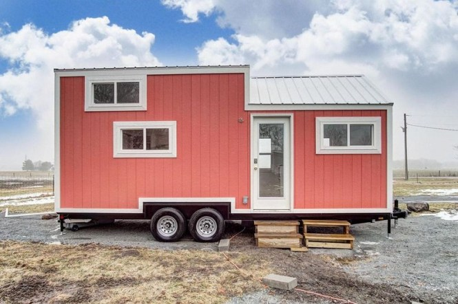 Coral Exterior Tiny House