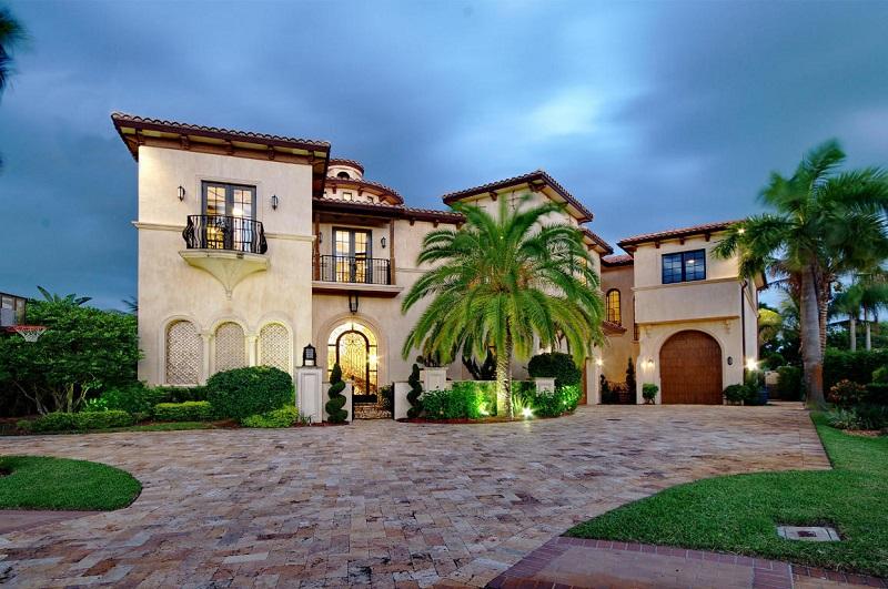 Mediterranean Homes Style