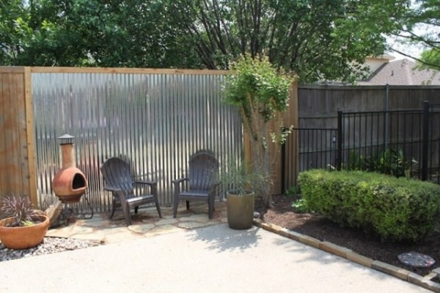 The Tin Wall Privacy Screen