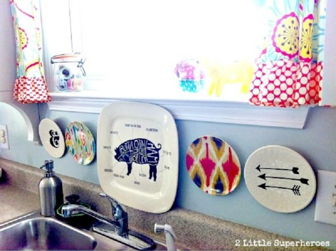 Plastic Plates Into Backsplash