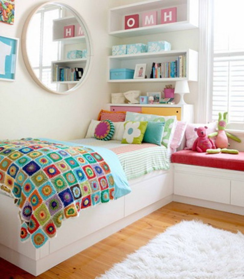 Brilliant Shelves For Girl Room