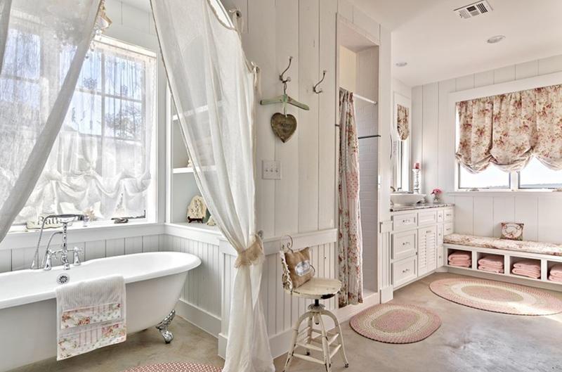 Sweet Bathroom Decor