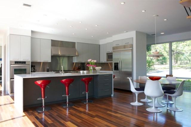 Luxurious Looking Kitchen