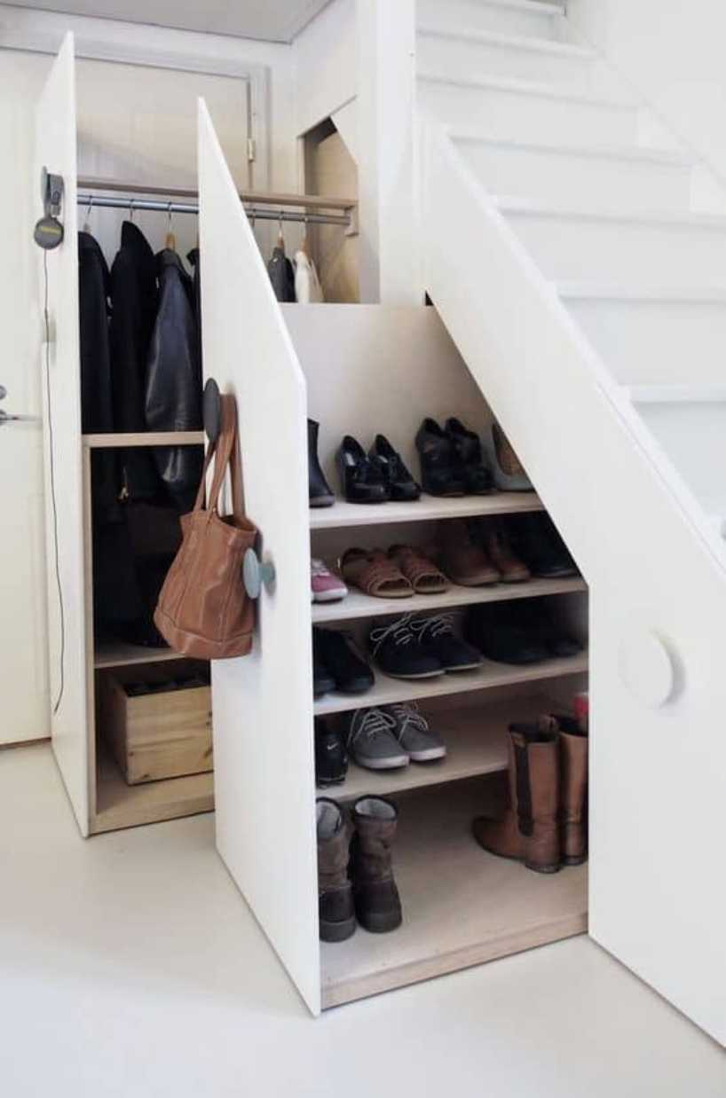Shoes And Jackets Storage