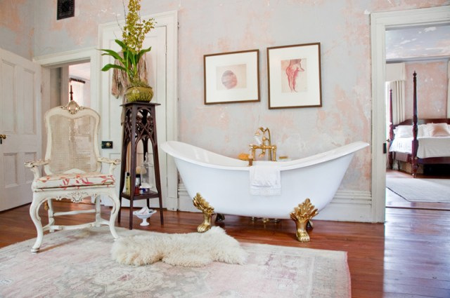 White For Shabby Chic Spaces