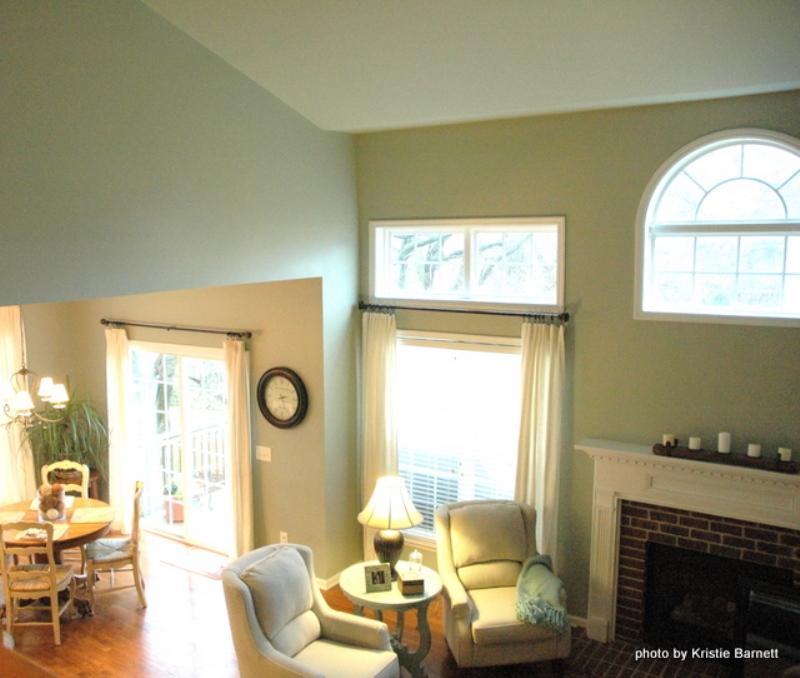Choose Lighter Paint For Ceiling