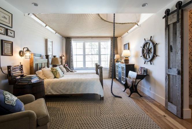 Farmhouse Room With Hammock Floor
