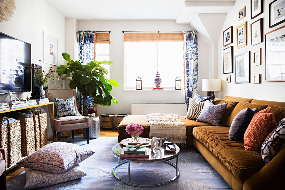 Living Room With Pop Of Neutral Texture